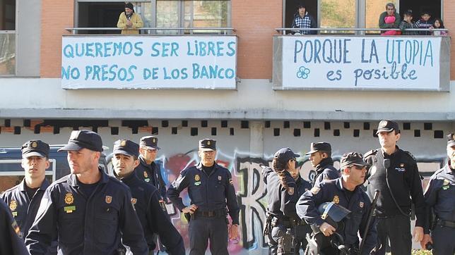 policia-corrala2--644x362
