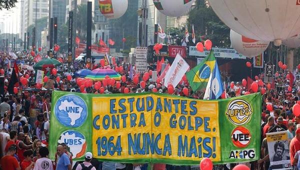 marcha-brasil-golpe.jpg_1718483346