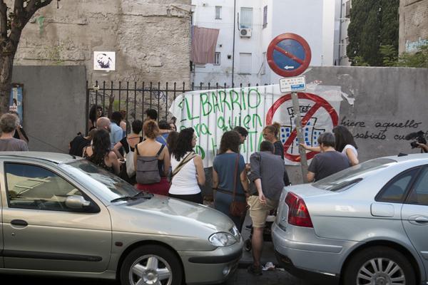 Vecinas/os de Lavapiés recuperaron brevemente el solar de calle Valencia en julio de 2015