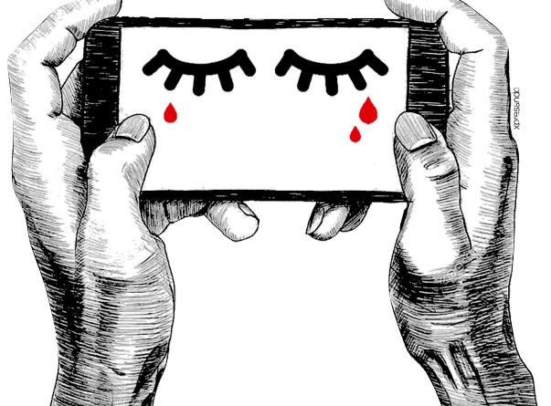 Dibujo, dos manos sostienen un teléfono móvil en el que se ven dos ojos llorando lagrimas de sangre